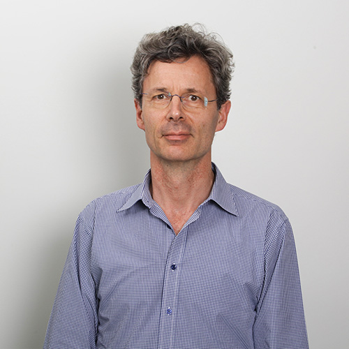 Dr Michael Naue